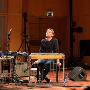 Ivar Grydeland spiller med Goodbye Intuition