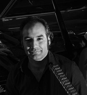 Portrett i svart-hvitt av Mirsaeed Hosseiny Panah