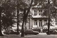 Gammelt bilde av NMH i 1983